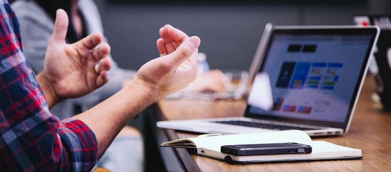 Il est essentiel de pouvoir tester l'ergonomie de la solution, sa simplicité et ses fonctionnalités afin de déterminer si la plateforme correspond exactement à ses besoins.